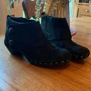 Merrell Luxe Suede Ankle Boots Buttons Performance